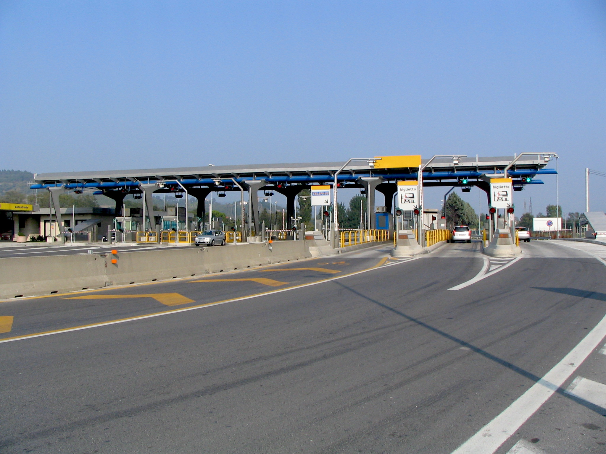 Italian Highway toll booths- Italy from the Inside