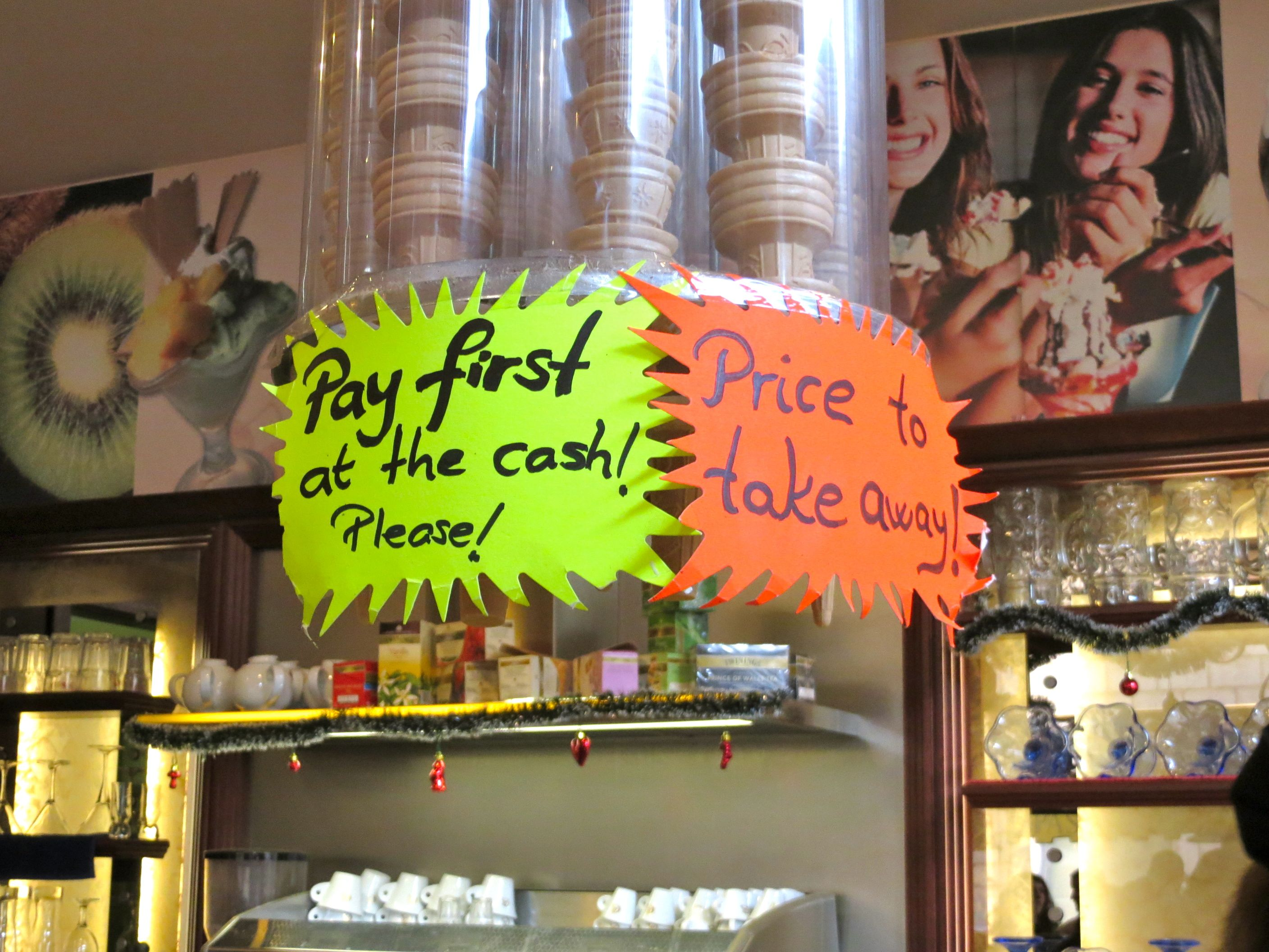 Pay first Italian bar- Italy from the Inside