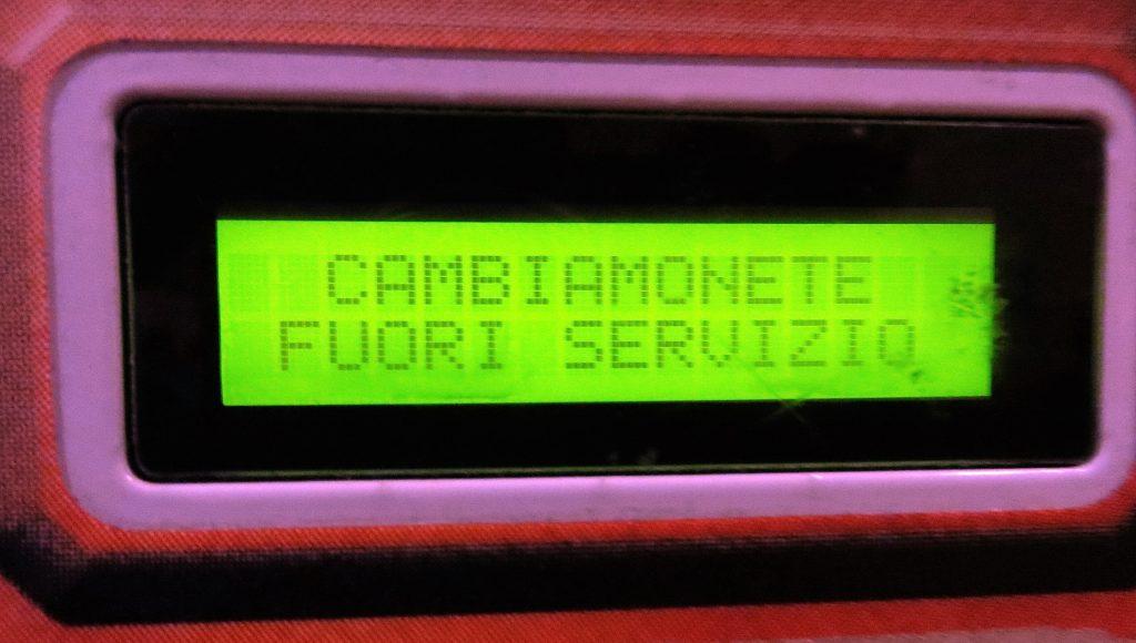 Fuori servizio message- Italy from the Inside