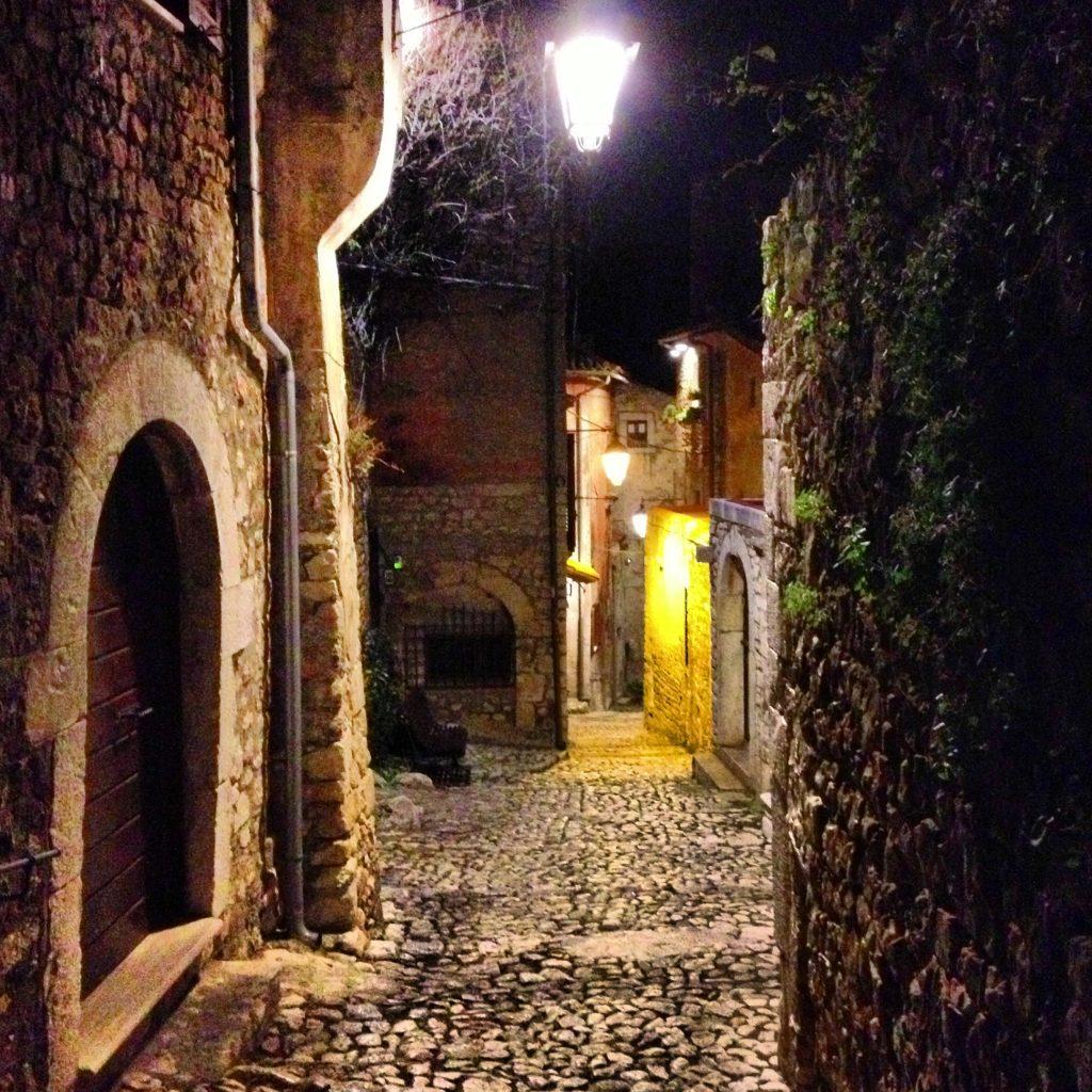 Sermoneta- Italy from the Inside