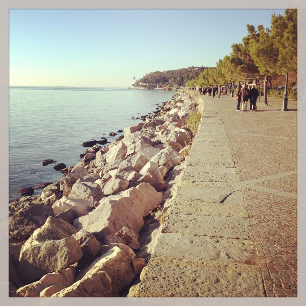 Sunday walk- Italy from the Inside