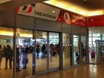 Buying a train ticket in Italy: the train ticket office