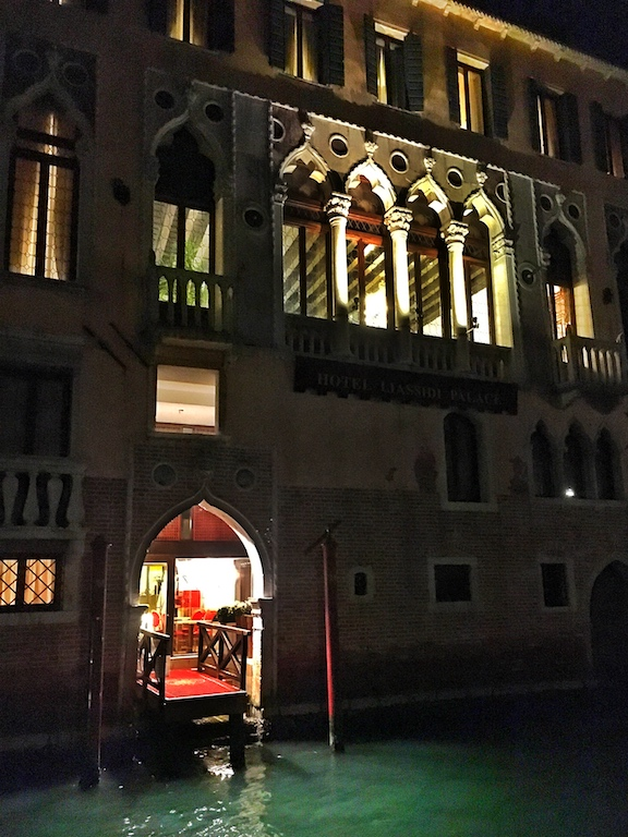 Italian hotels- Italy from the Inside